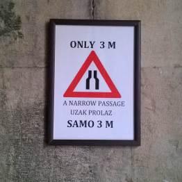 A zwężenie schodów oznaczamy tak :)