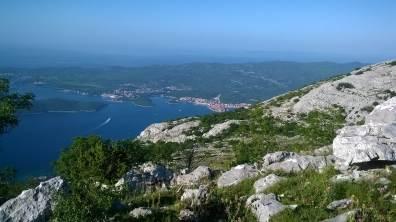 W oddali Korčula