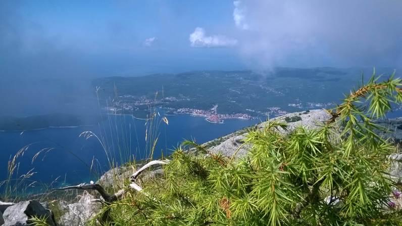 Artystyczny look na Korčulę